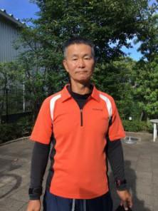 間島コーチ